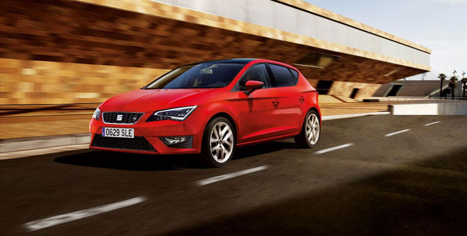 Seat Leon car driving image