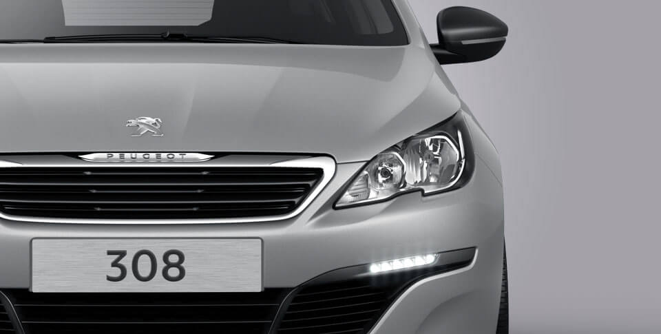 Front view of peugeot 308 car image