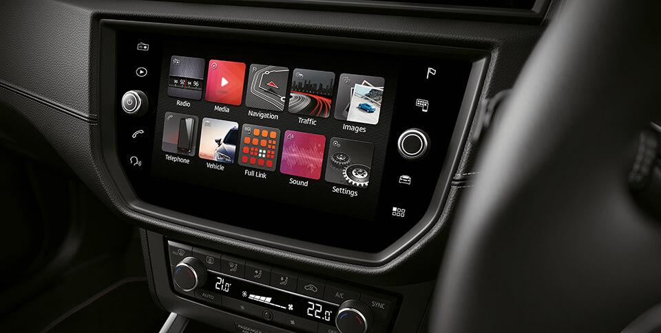 Seat Arona dashboard car image